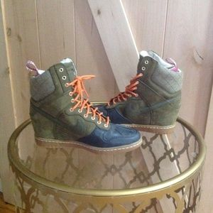 Nike Dunk Sky High Sneaker Duck Boot
